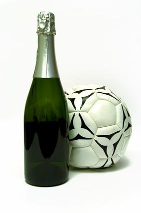 La Maison De Champagne Taittinger S'associe Au Football